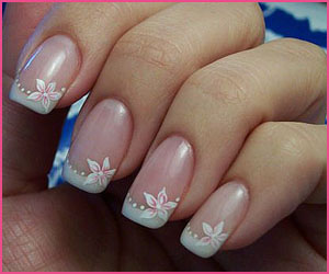 french-with-flower-nail-art-2