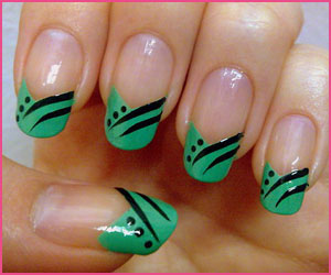 french-with-lines-nail-art